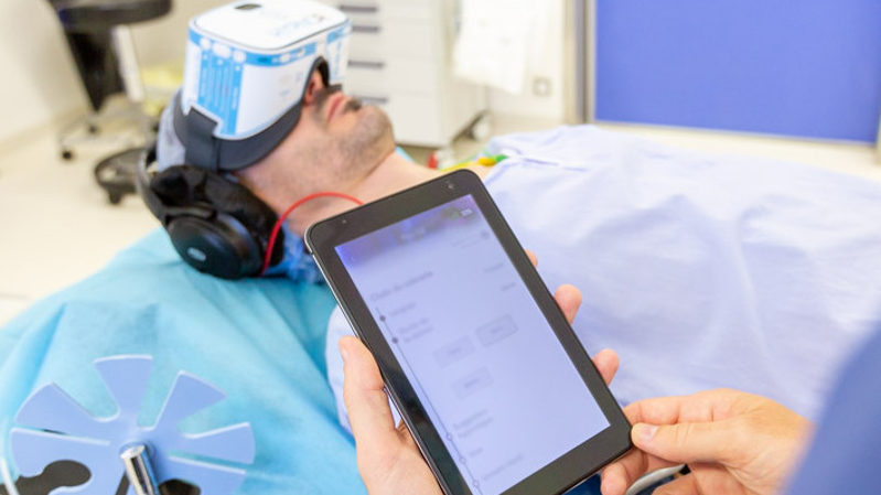 piloter une séance d'hypnose médicale par réalité virtuelle facilement